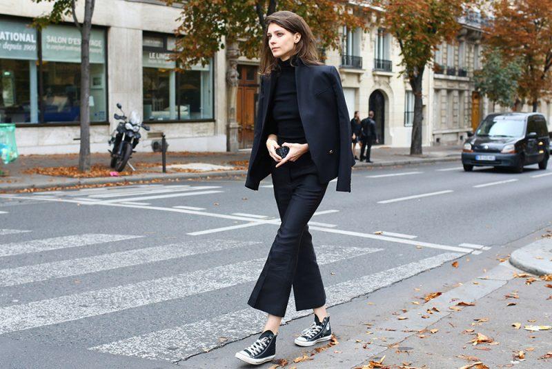 Hãy nhớ lựa chọn đôi giày ton -sur - ton với đôi giày bạn nhé