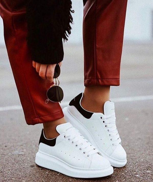 những đôi giày thể thao nữ đẹp nhất